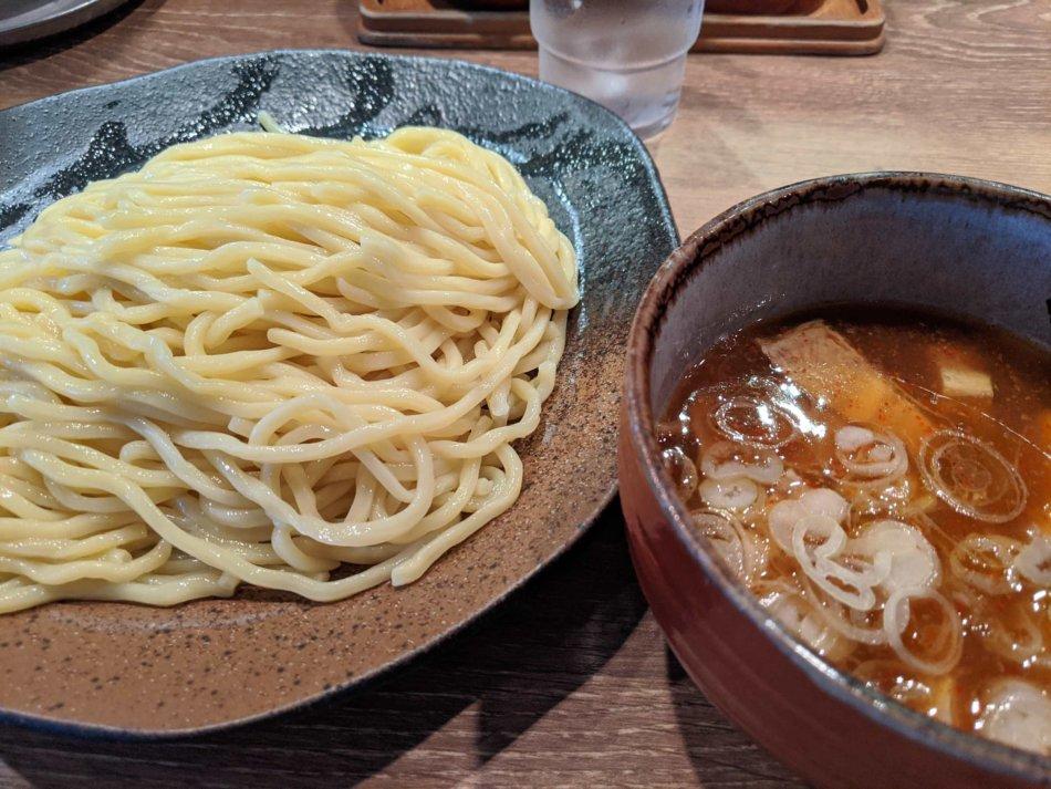 つけ麺(中盛)(820円)