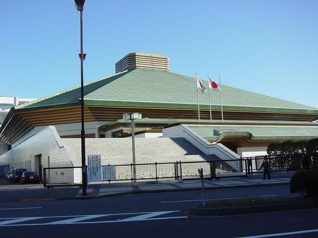 2002年12月に撮影した両国国技館