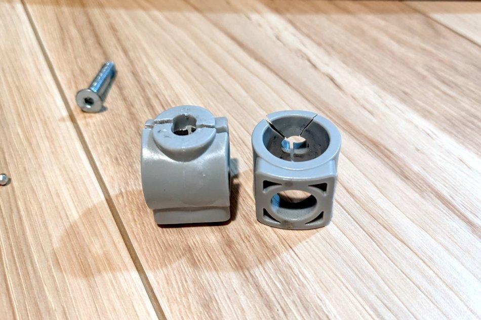 IKEAのスタッキングチェア(VILMAR)の壊れたプラスチックパーツ