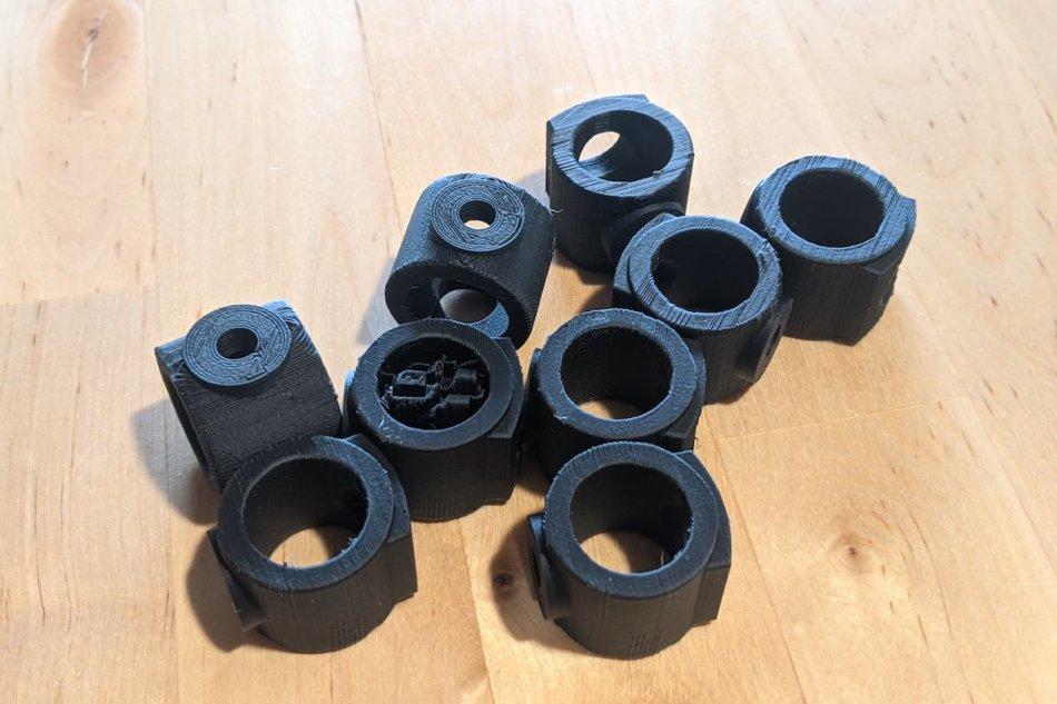 IKEAのスタッキングチェア(VILMAR)のパーツを黒で作った